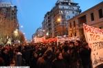 در یونان: کارگران کارخانه را تصرف می کنند